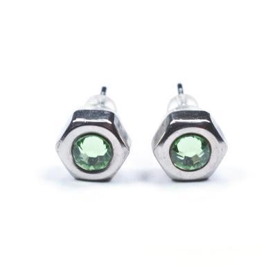 Hexagonal - Ohrstecker aus Muttern mit hellgrünen Kristallelementen